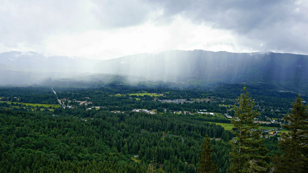 rain coming in little si trail seattle washington