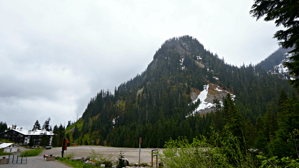 start of snow lake trail