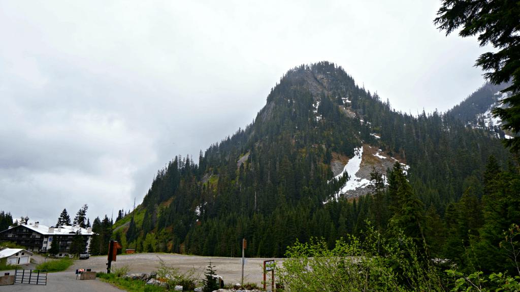 start of snow lake trail