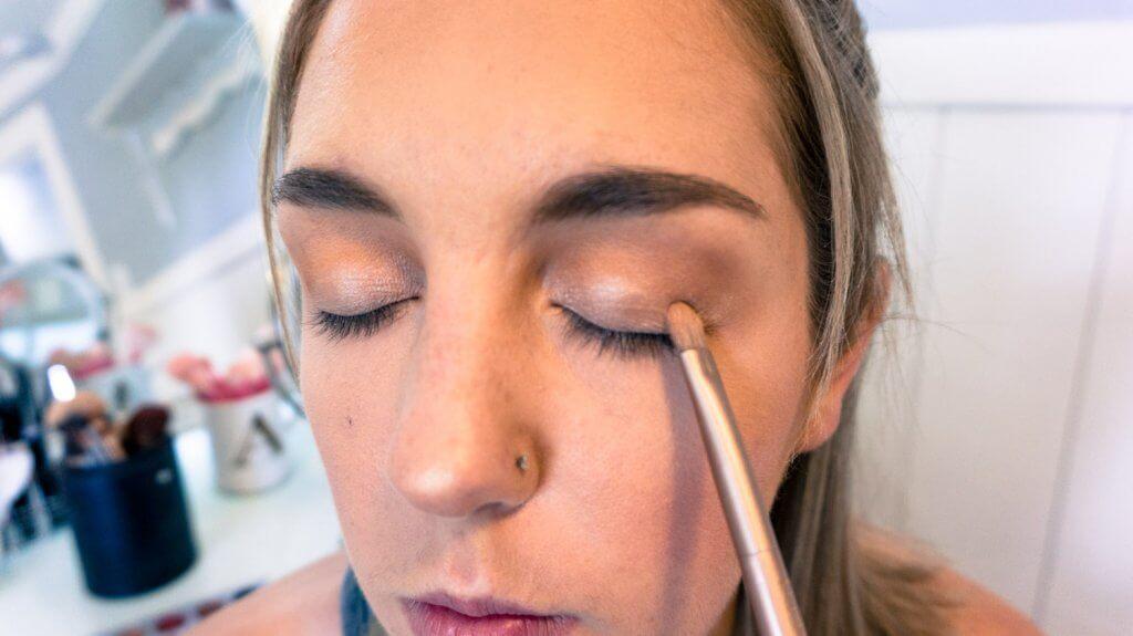 shimmery eyeshadow lid