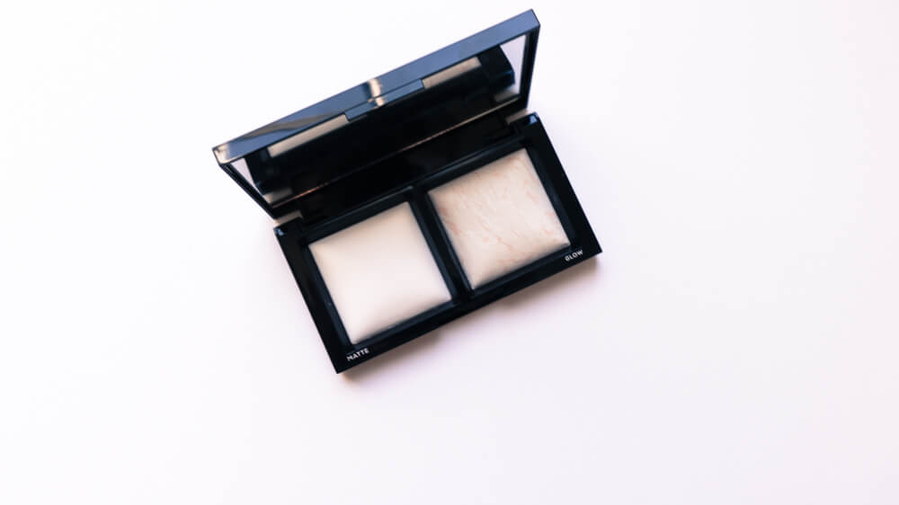 bare minerals invisible light powder open