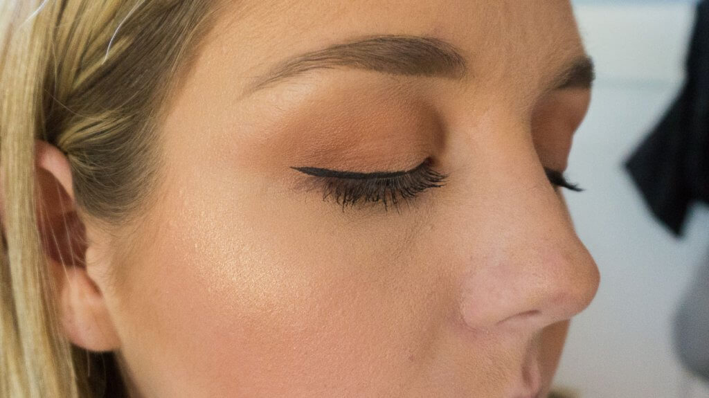 winged eyeliner step 4