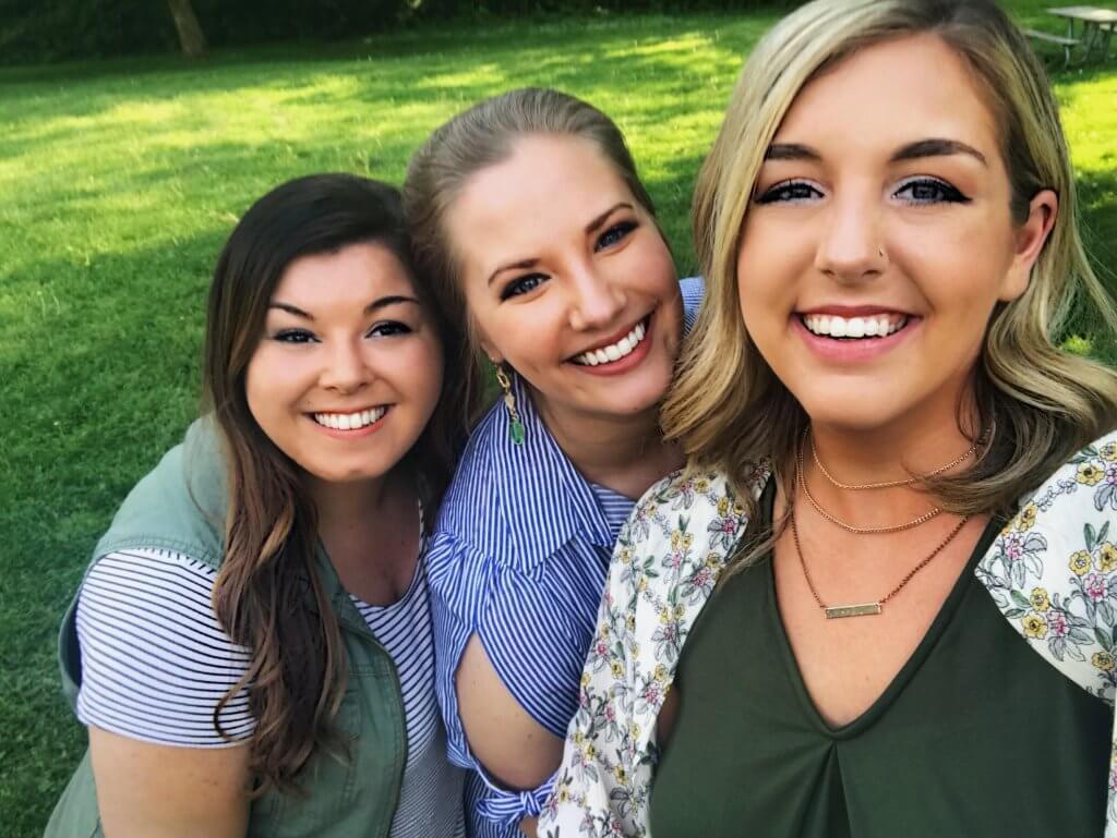 selfie trio ootd